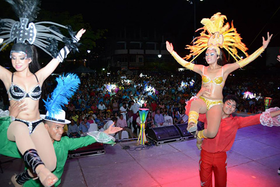 carnaval-ixtapa-zihuatanejo