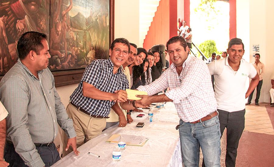 premio-carros-alegoricos-zihuatanejo