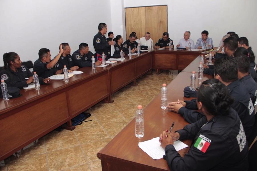 demandas-poli-estatal-chilpancingo_002