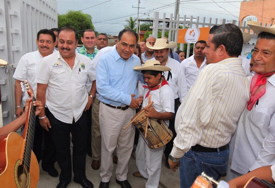 gobernador-altamirano_002