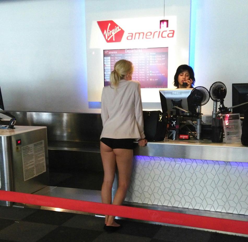 chica-se-desnuda-en-aeropuerto