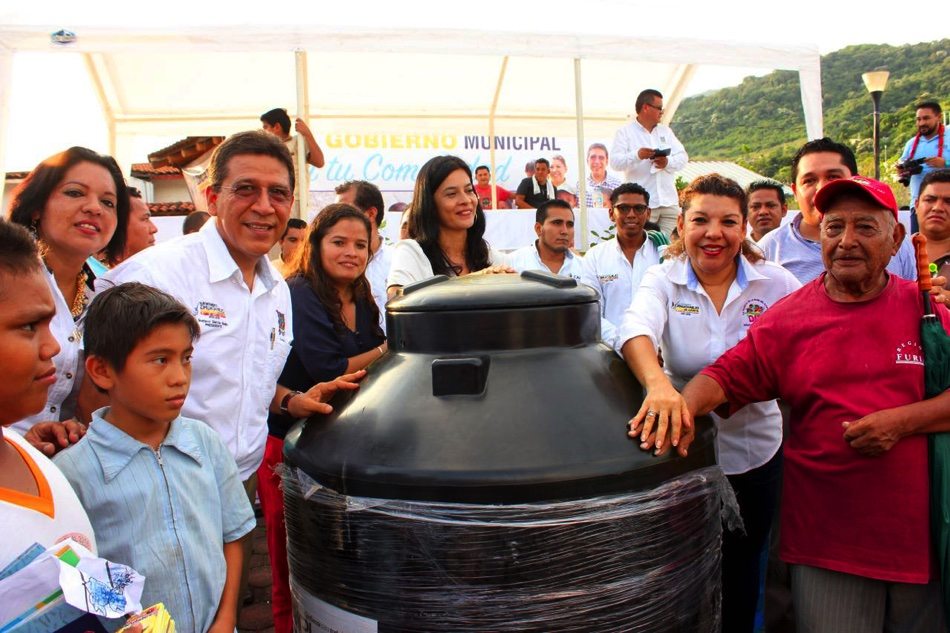 el-gobierno-en-tu-comunidad-agua-de-correa_001