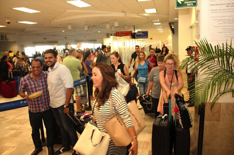 vuelos-canada-ixtapa-zihuatanejo