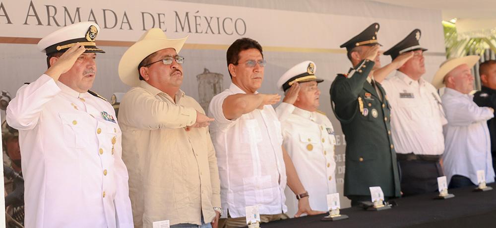 dia-de-la-armada-de-mexico-zihuatanejo